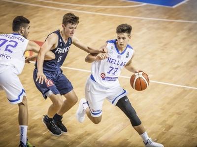 Η Εθνική παίδων έχασε από τη Γαλλία 59-54
