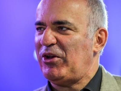 Ο θρυλικός Γκασπάροφ στην Αθήνα: Οι άνθρωποι δεν πρόκειται να αντικατασταθούν από μηχανές