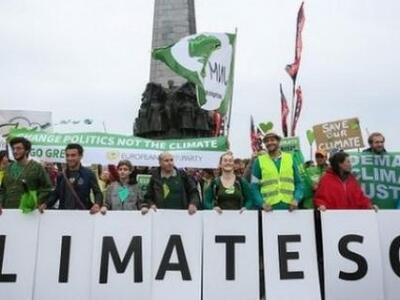 Στο...πόδι ο κόσμος για την κλιματική αλλαγή