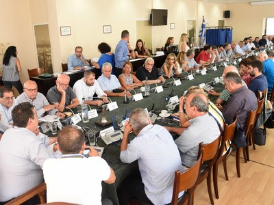 Στο Δημοτικό Συμβούλιο ο αμίαντος στις εργατικές του Αγίου Νεκταρίου