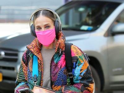 Σάρα Τζέσικα Πάρκερ: Με εκρηκτικό πανοφώ...