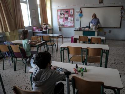 Θα ξανακλείσουν τα σχολεία σε δεύτερο ενδεχόμενο κύμα κορωνοϊού;