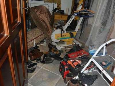 Ζάκυνθος: Φόρτωναν τα  κλοπιμαία σε φορτηγό μέσα στην αυλή του σπιτιού που διέρρηξαν!