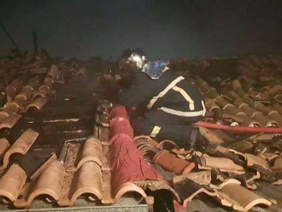 Λευκάδα: Παρανάλομα έγιναν τέσσερα σπίτια - ΒΙΝΤΕΟ