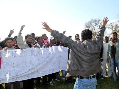 ΕΡΕΥΝΑ: Βία, ρατσισμός και εκμετάλλευση για τους μετανάστες εργάτες γης σε Ελλάδα, Ιταλία και Ισπανία