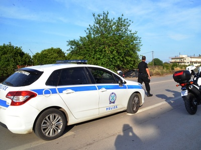 Πάτρα: Αυτοκίνητο βρέθηκε σε… χωράφι στην Ελευθερίου Βενιζέλου