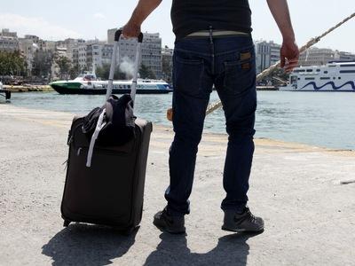 Πάτρα: Του πήραν τη βαλίτσα και έγιναν &...