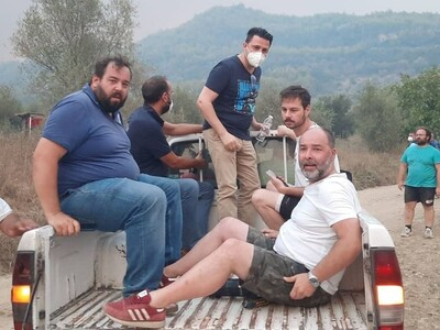 Ο Nεκτάριος Φαρμάκης σε καρότσα ημιφορτη...
