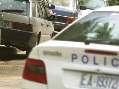 Αυτοκίνητο στούκαρε σε αυλή σπιτιού στις Εργατικές της Παραλίας Πατρών