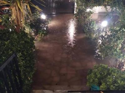 Πλημμύρισαν πάλι σπίτια στο Ακταίο - Στη...