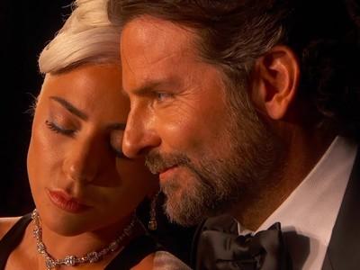 Ετοιμάζονται να δημοσιοποιήσουν τον έρωτά τους Lady Gaga – Bradley Cooper;