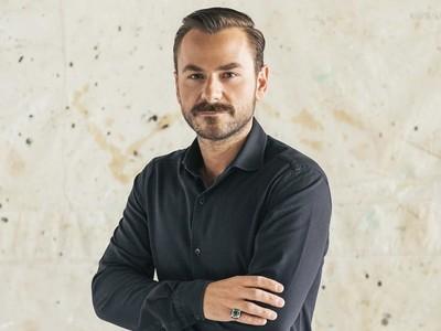 Ο Έλληνας κοσμηματοποιός που επέλεξαν για την εμφάνιση τους στα Όσκαρ οι αστέρες του Hollywood