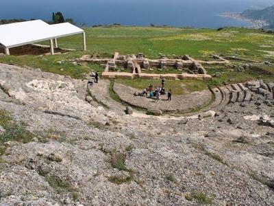 Αναβάθμιση για το Αρχαίο Θέατρο της Αιγείρας
