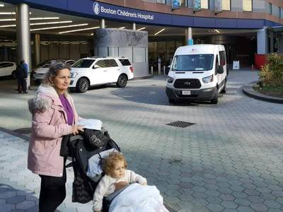 Η πρώτη φωτογραφία του μικρού Παναγιώτη- Ραφαήλ από το νοσοκομείο της Βοστώνης
