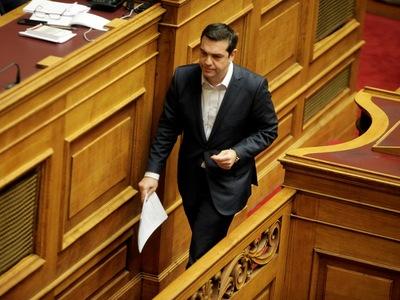 Τσίπρας: Με αποκλειστική ευθύνη των βουλευτών της πλειοψηφίας η διαδικασία καταλήγει σε αναθεώρηση-παρωδία