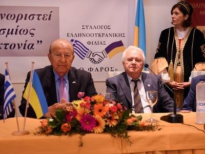 Ο Ελληνοαμερικανός πρώην γερουσιαστής Κρις Σπύρου μίλησε στην Πάτρα για την Γενοκτονία των Ποντίων