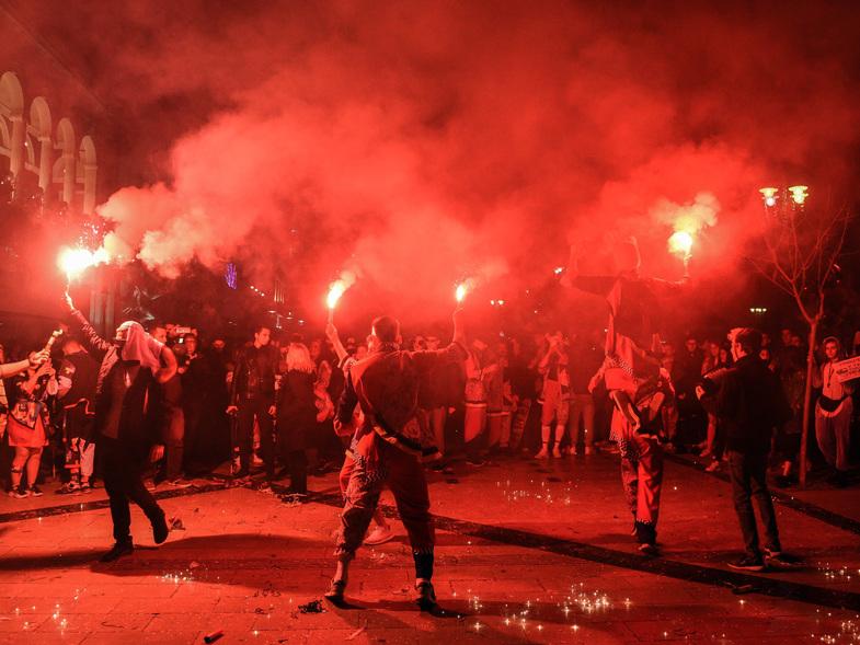 Όλη η Πάτρα χόρεψε σ΄ένα καρναβαλικό Σαββατόβραδο! Έρχεται συνέχεια (Photos)